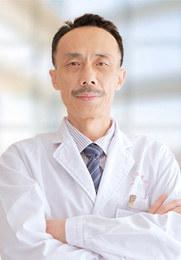 张亚春 主治医师 中华医学会内分泌学分会委员 国际中医男科学会会员 包皮手术首席专家