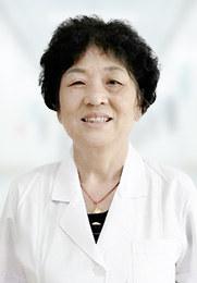 伊腊梅 副主任医师 中华医学科学研究院研究员 中国精神疾病预防委员会副主任委员 世界卫生组织(WHO)精神疾病专家会诊中心负责人
