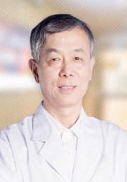 周柏发 主任医师 中国医学会及性学会会员 中国医师协会咨询委员会会员 性病学科学术带头人
