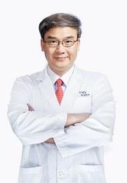 林顺潮 院长 亚太玻璃体视网膜学会会长 世界眼科人物100强 患者好评:★★★★★