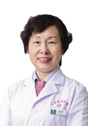 杨蕾 主任医师 黄陂艾格眼科医院业务院长 上海市医学会眼科学会委员 上海市眼科学会青光眼学组专家成员