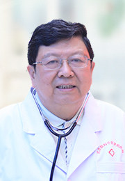 章友康 主任医师 教授、医学博士、博士生导师 北京联科中医肾病医院名誉院长 原北京大学第一医院肾内科主任