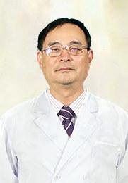 孙军 主任医师  男科医院科室主任 从医多年 诊治男科疾病颇有研究