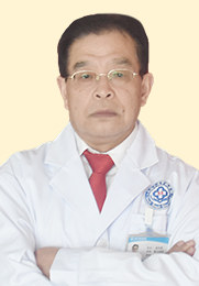 张华清 副主任医师 成都中德肾病医院院长 中国肾病协会会员 中西医结合治疗肾病专家