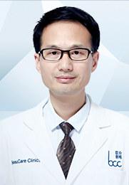 何照华 主任医师 北京联合丽格第一医院整形外科院长 中华医学会整形外科分会会员