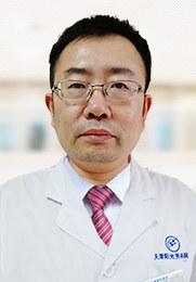 崔立坡 主治医师 有多年男科经验 擅长男科疾病 男科泌尿系统疾病治疗