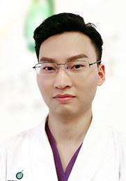 唐峥勇 副主任医师 头发种植/头发加密 发际线调整/眉毛种植 胡须种植