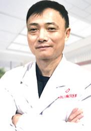 左晓毛 主任医师 白癜风医院门诊主任 色素脱失性皮肤病 皮肤病工作30余年