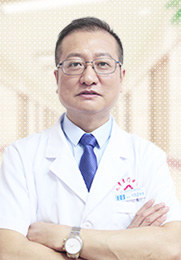 黄强忠 执业医师 青春痘 荨麻疹 牛皮癣