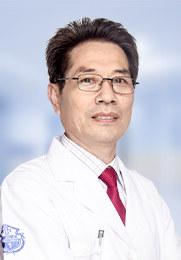 郭登泽 副国产人妻偷在线视频医师 从事精神卫生专业三十多年