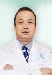 李崇英 执业医师 儿童白癜风 青少年白癜风 老人白癜风