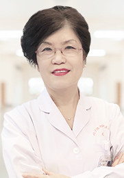 李西霞 副主任医师 鱼鳞病、痤疮、脱发 湿疹、皮炎、荨麻疹 扁平疣、灰指甲、带状疱疹
