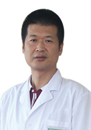 邹志俭 副主任医师 毕业于大连医科大学 从事手足显微外科临床工作22年 血管