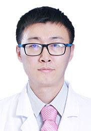 王诗军 副主任医师 北京大学骨科学博士 北京大学第一医院脊柱外科副主任医师 颈胸腰椎管狭窄的微创融合手术